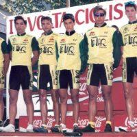 Equipo Chimeneas La Llar de Pego en la Volta a la Safor de juveniles – 1994 (Gandía)