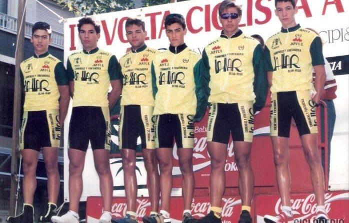 Imagen de Equipo Chimeneas La Llar de Pego en la Volta a la Safor de juveniles – 1994 (Gandía)