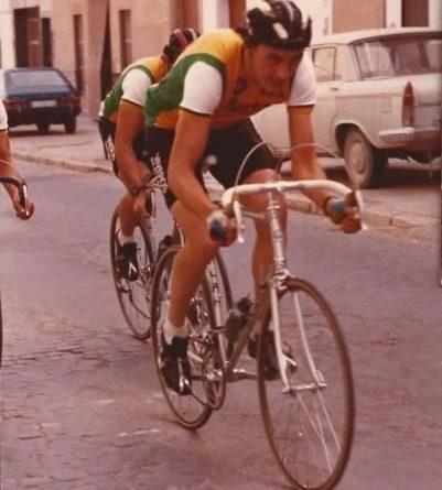 Imagen de Viveros Alcanar en la Vuelta a Murcia de 1983 (Aficionados)