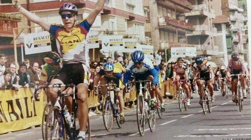 Imagen de Óscar Freire en el GP Llodio – 1994 (juveniles)