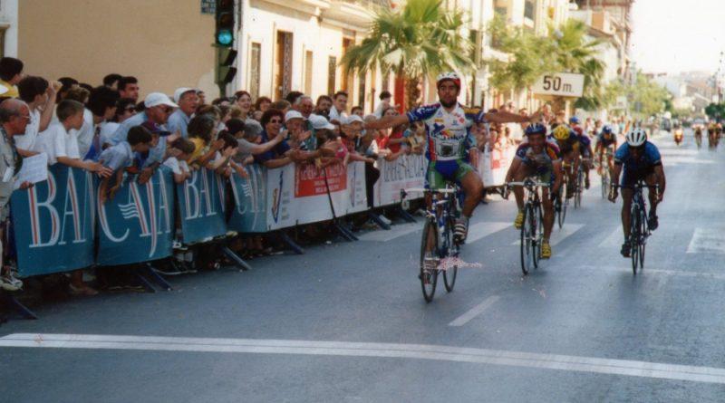 Imagen de La Pobla de Farnals – Volta a la Comunitat Valenciana para aficionados año 2000