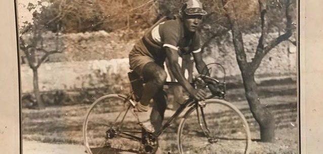 Imagen de Carlos Ferrando en Xàtiva (Valencia) – 1953