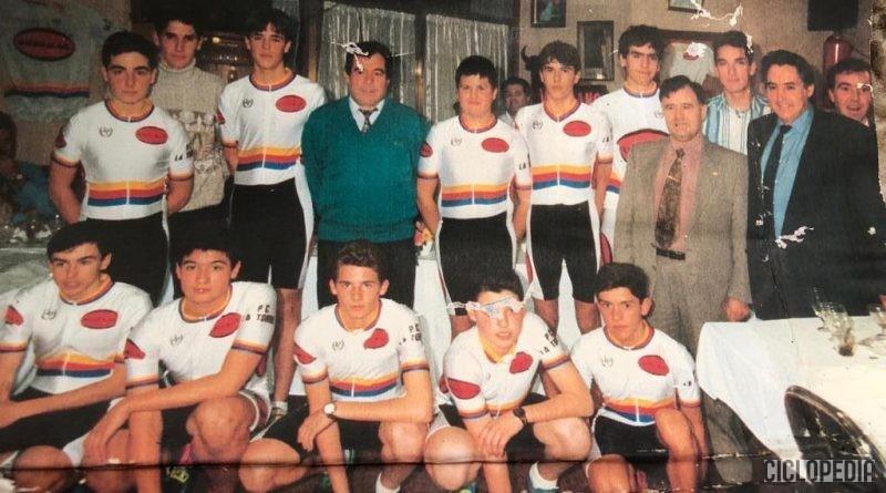 Imagen de Equipo ciclista ROGERMAR cadetes de la PC La Torre (Valencia) – 1995