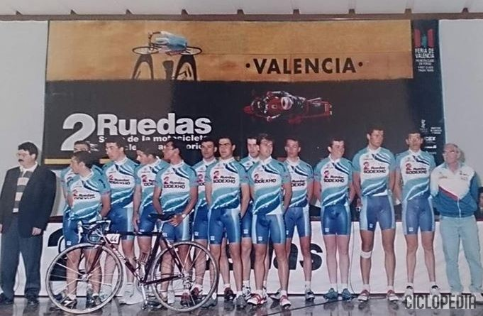 Imagen de Presentación equipo 2 Ruedas – Sodexo  de categoría amateur (Valencia) – 1995