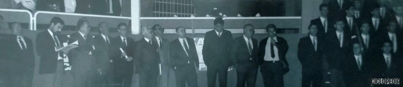 Imagen de Presentación del equipo profesional Colchones CR en Xàtiva (Valencia) de 1989